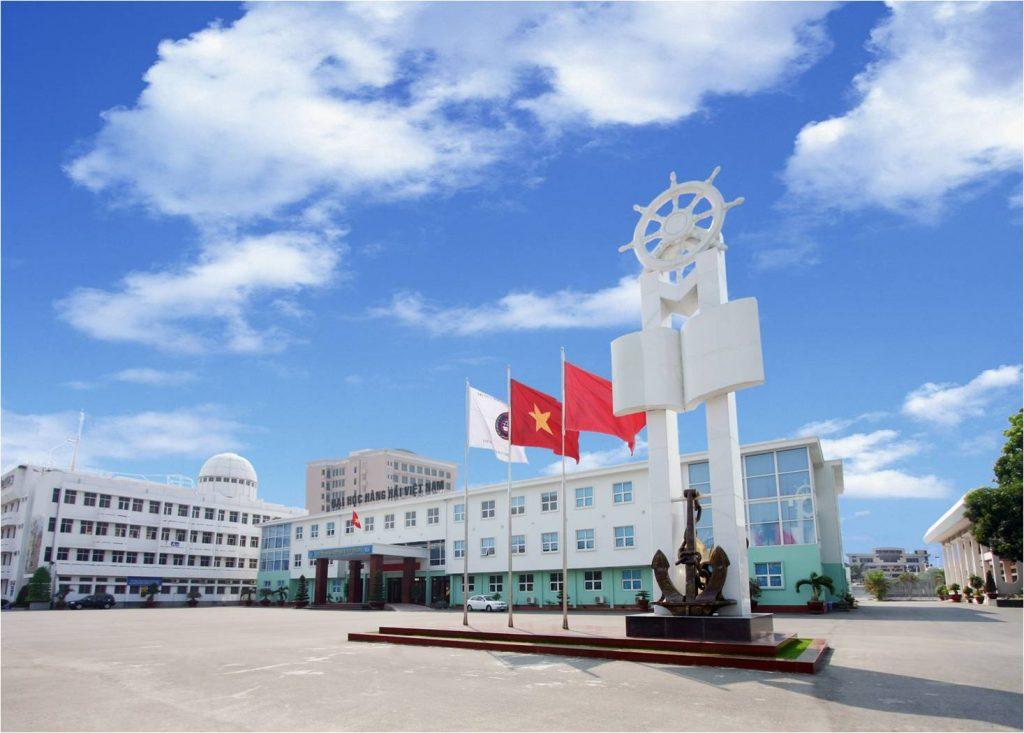 Mái trường Hàng Hải thân yêu của Nghĩa.